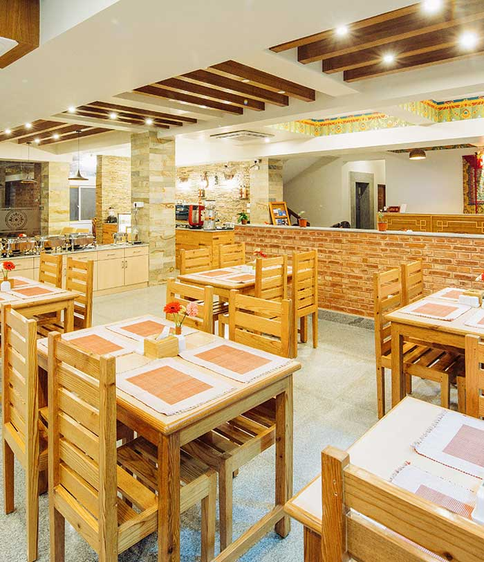 Yar-sum | Café & Restaurant